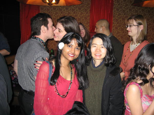 9 Meetup Photos Almost too Awkward to Function